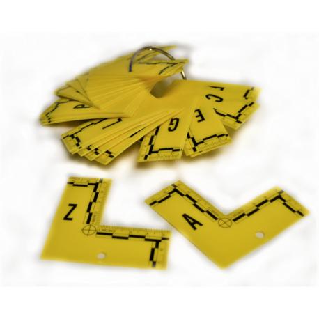 Equerre plate jaune Alphabetique : De A à Z - le lot